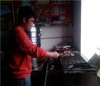 烧烤做法,夜摊烧烤技术培训,深圳烧烤配方培训,炭火烧烤培训